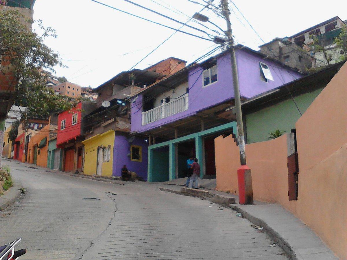 Rehabilitados 213 mil 833 hogares en todo el país con Barrio Tricolor