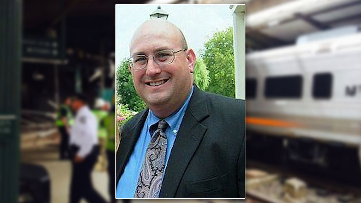 NJ train crash engineer tests negative for alcohol, drugs