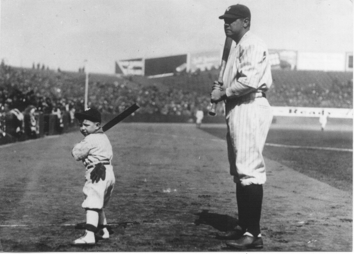 Why was babe ruth called the great bambino-9978