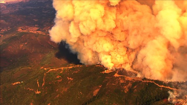 LomaFire at 4,345 acres, 50% contained per @CAL_FIRE