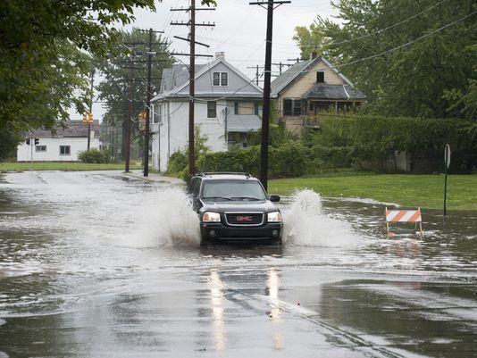 Rain to linger in Metro Detroit