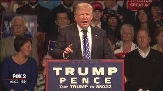 Donald Trump in Novi talks jobs, Clinton to crowd of 7,000 reports @RonSavageEMT