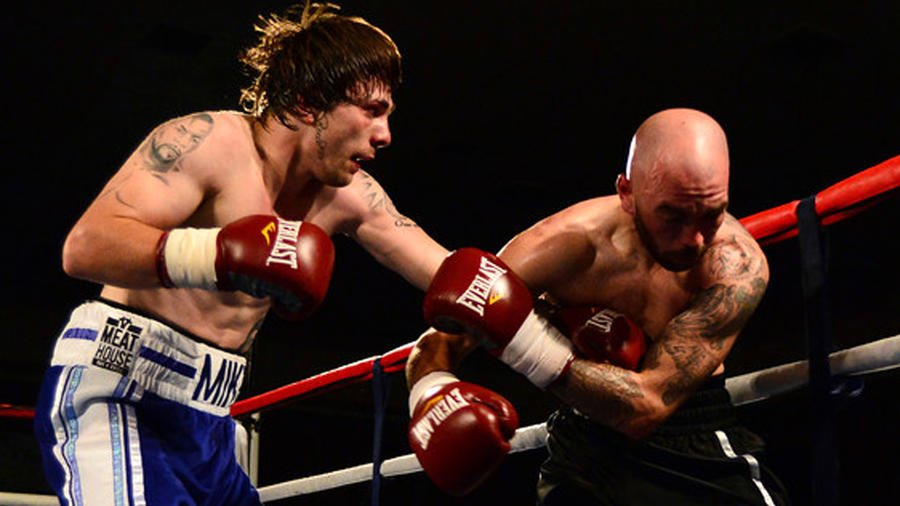 25-year-old Scottish boxer Mike Towell dies from injuries sustained in first loss
