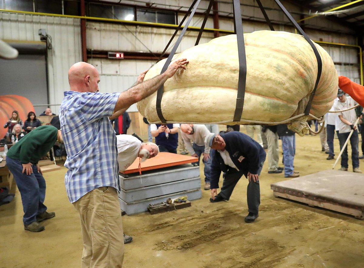 32nd All New England Giant Pumpkin Weigh-Off