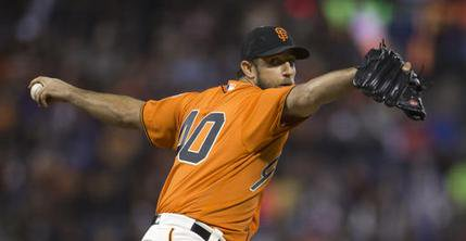 Bumgarner pitches, hits as SFGiants win over Dodgers, Pagan body-slams fan.
