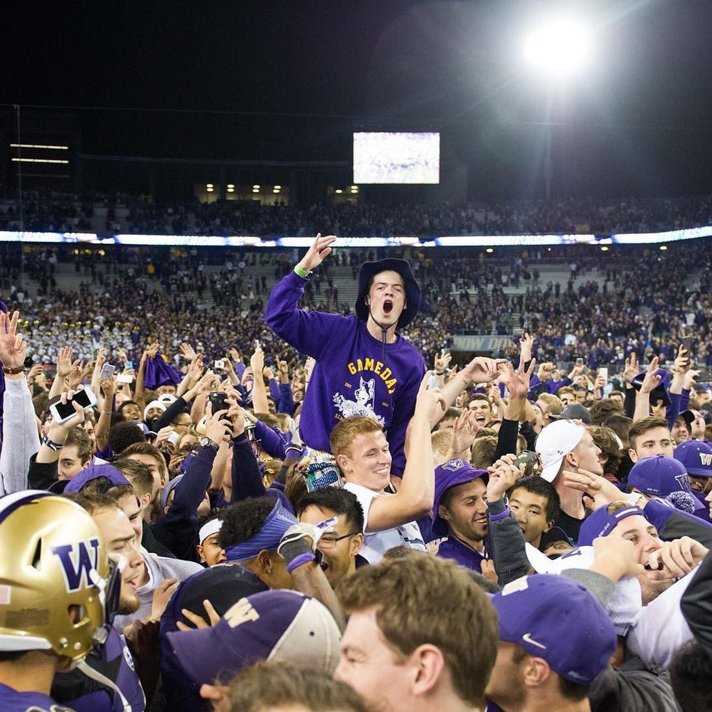 Fans rushed the field tonight following UW's 44-6 victory over Stanford. universityofwash…