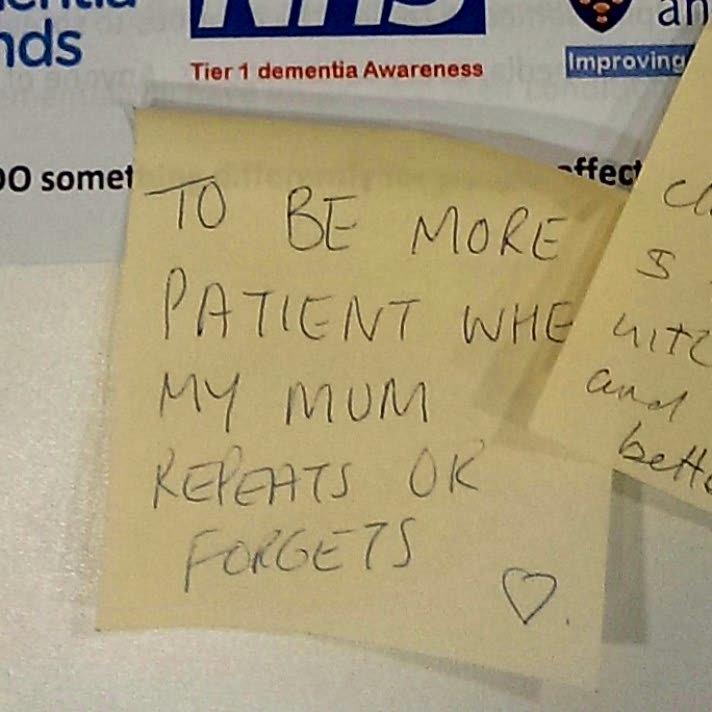 "Today's #dementiado post-it came from @LHCHFT   ""To be more patient when my mum repeats or forgets ❤""  She will love that 😊  #FabChangeDay https://t.co/3gwOkAiLzf"