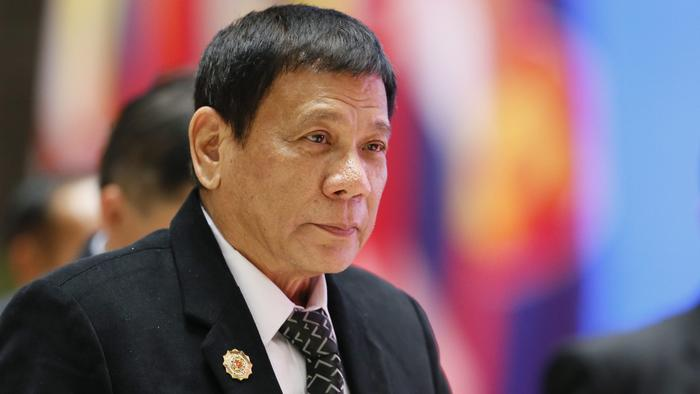 Philippines president compares himself to Hitler;