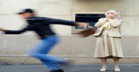 Prende la pensione e viene derubata, tra i rapinatori anche una ... - https://t.co/4nsSbU56wW #blogsicilianotizie