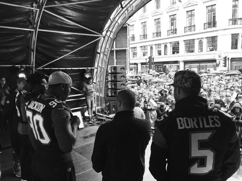 Fan Rally at Regent Street https://t.co/QUTiaTkIbY