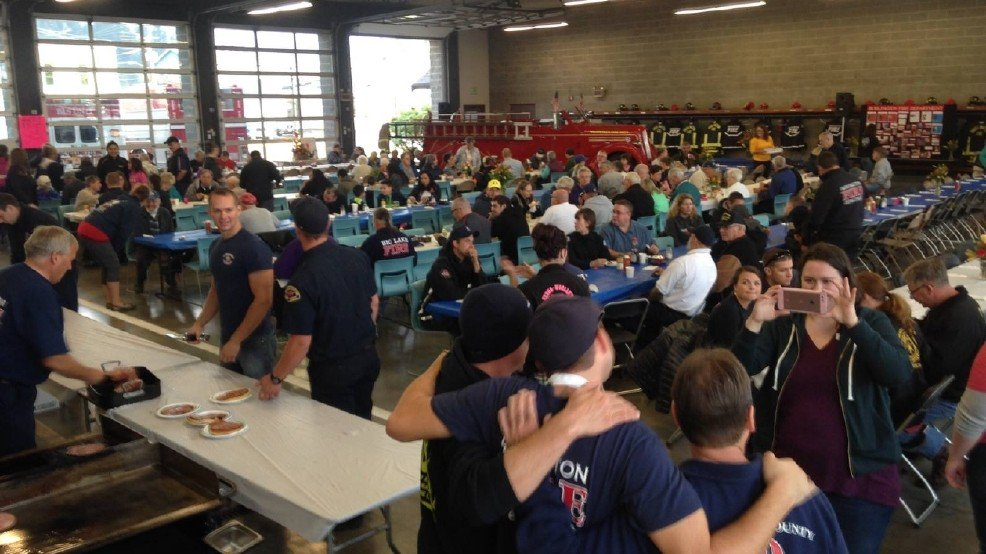 Community raises $16,000, eats pancakes for families of Cascade Mall victims >>