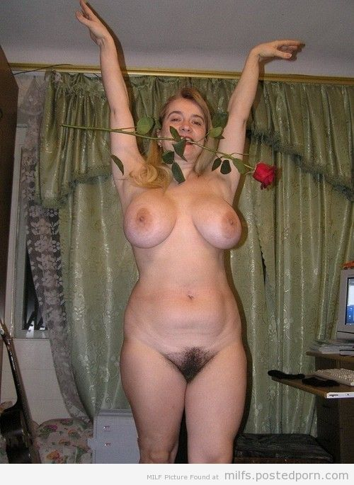 share double fisting slutty milf in both her holes opinion you