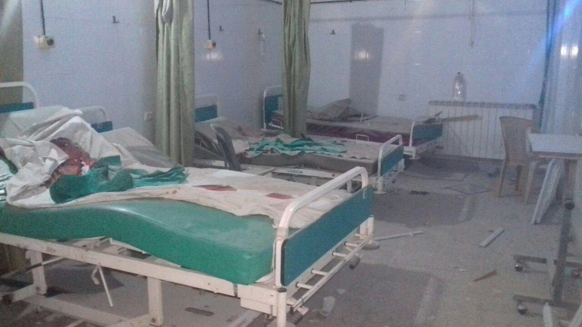 توقف الخدمة بمستشفى تعرض للقصف في حلب بـقنابل عنقودية  توقف الخدمة بمستشفى تعرض للقصف في حلب بـقنابل عنقودية  توقف الخدمة بمستشفى تعرض للقصف في حلب بـقنابل عنقودية