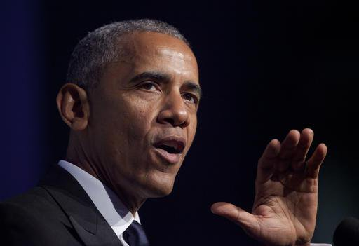 """Sweet: Obama hosted """"thank-you"""" reception Friday for old Illinois pals"""