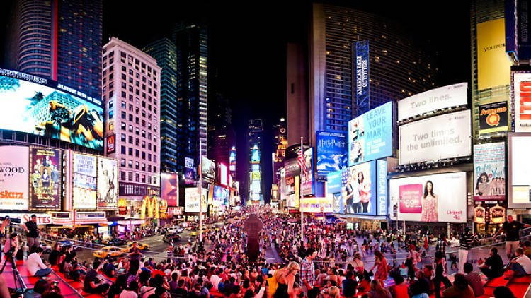 A complete guide to events, shopping and more in Times Square