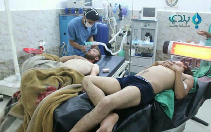 ... Civilian cases of suffocation in Kafr Zeita #Hama as toxic gas said to be chlorine dropped in barrelbombs from helicopters https://t.co/3CAj2eNwCB""