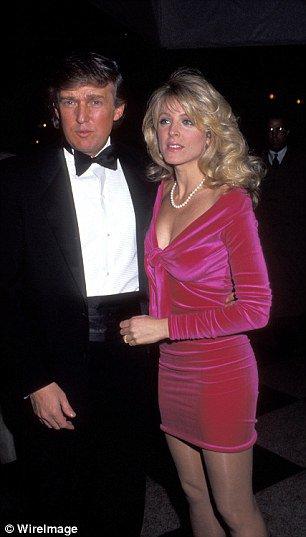 Donald trump wife pose nude