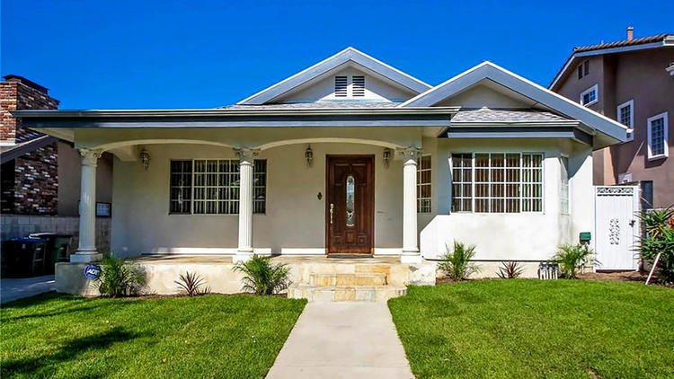 Here's what $800,000 will buy you in some LA County neighborhoods