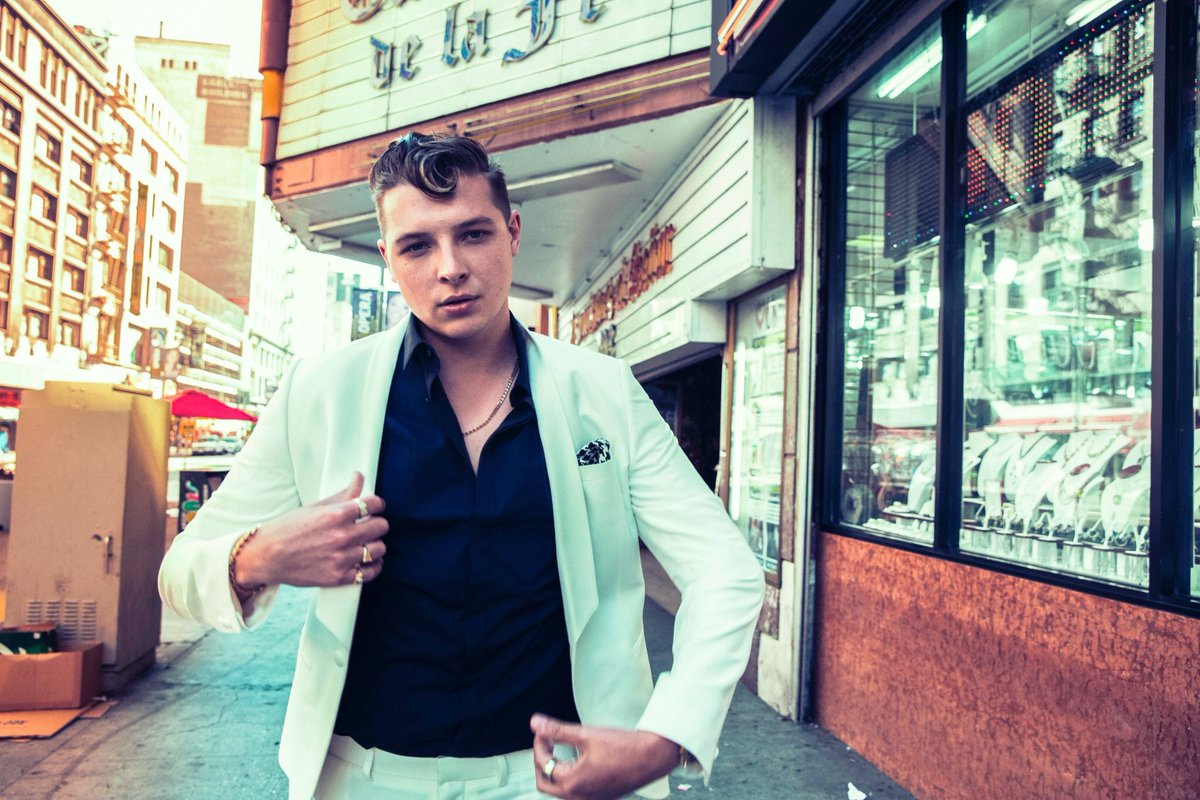 Calling all @JohnNewmanMusic fans! I need your help with something...