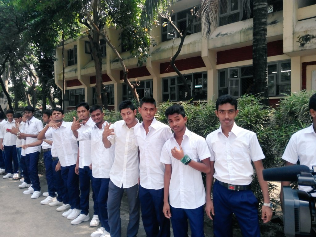 #__The welcome govt school many with friend seen.....__#