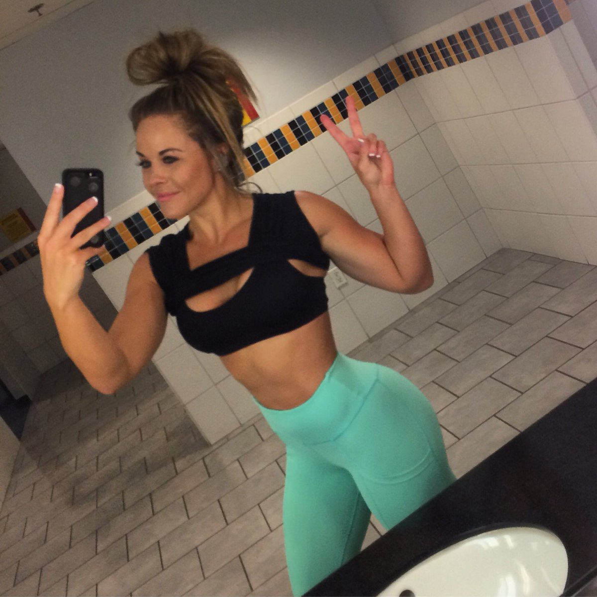 Sami B On Twitter Ptulaactive Leggings On Point Mint Coming Soon With 1st Official Launch Of Ptula Sorry for the wrinkles in the. sami b on twitter ptulaactive