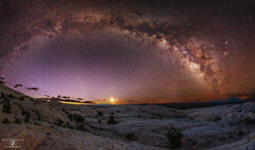 Milky Way over the Moonrise on San Rafael Swell, Utah. js https://t.co/aEEeWKkFou https://t.co/bNNshD2xXj https://t.co/ykZMuwmpiL