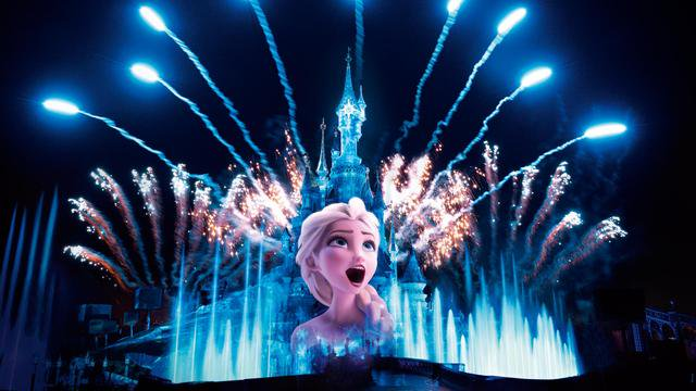 Disney Illuminations (2017) Cu-KvBCWYAEJTfg