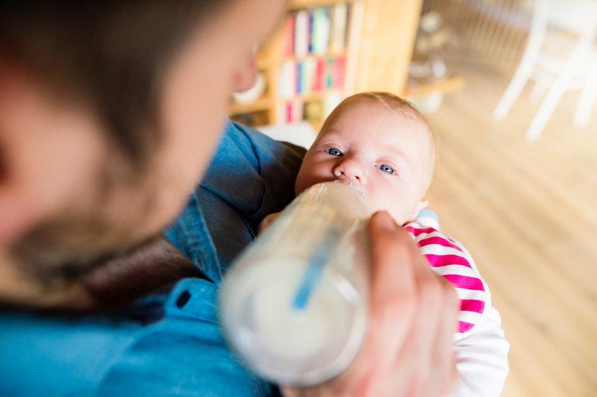 Contaminanti chimici nascosti nei prodotti a base di latte destinati alla prima infanzia