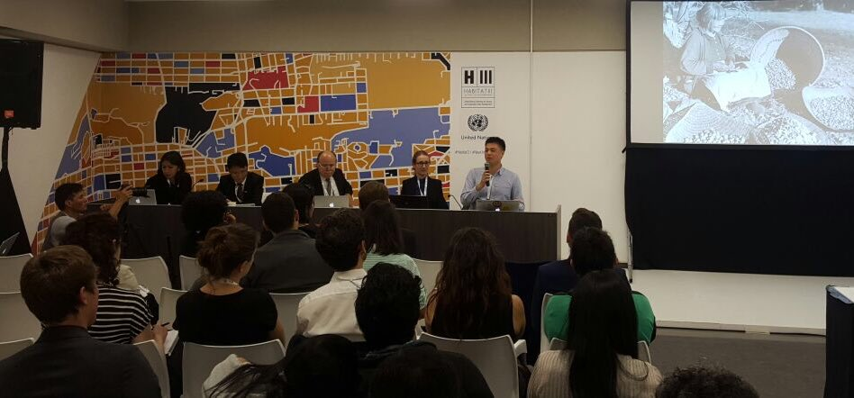 Dan Chan of @SDSNYouth presents new #LocalPathways fellowship at #Habitat3. To champion #SDGs in your city, check https://t.co/87bp0i4OYI https://t.co/qFOn4XWQau