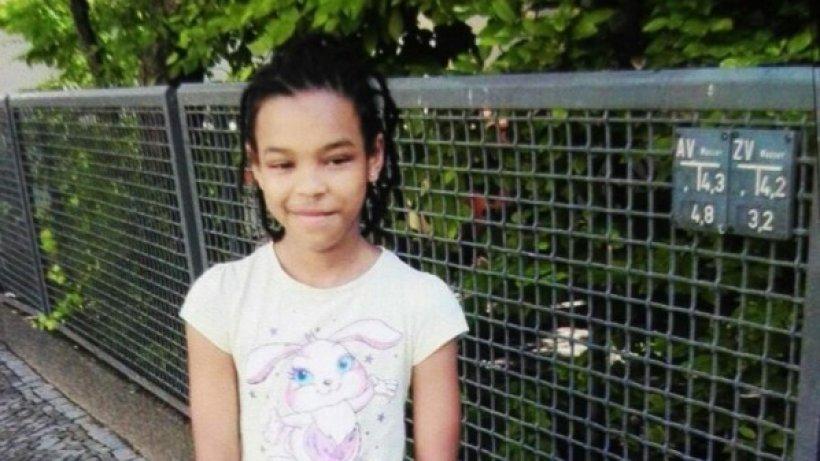 Vermisst: Die Polizei sucht dieses neunjährige Mädchen aus dem #Wedding. Bitte teilen! https://t.co/EkBEydndmB
