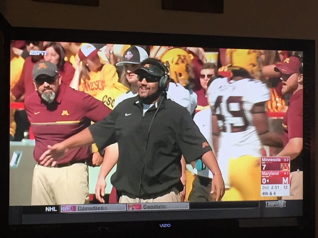 How awesome is this to see? #sherelsstrong #gophers https://t.co/lRnOt1KQpU