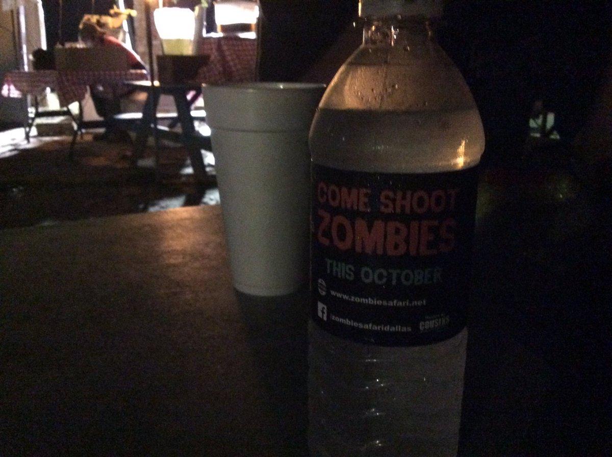 #ZombieSafari pic.twitter.com/jwGO9rSWnK