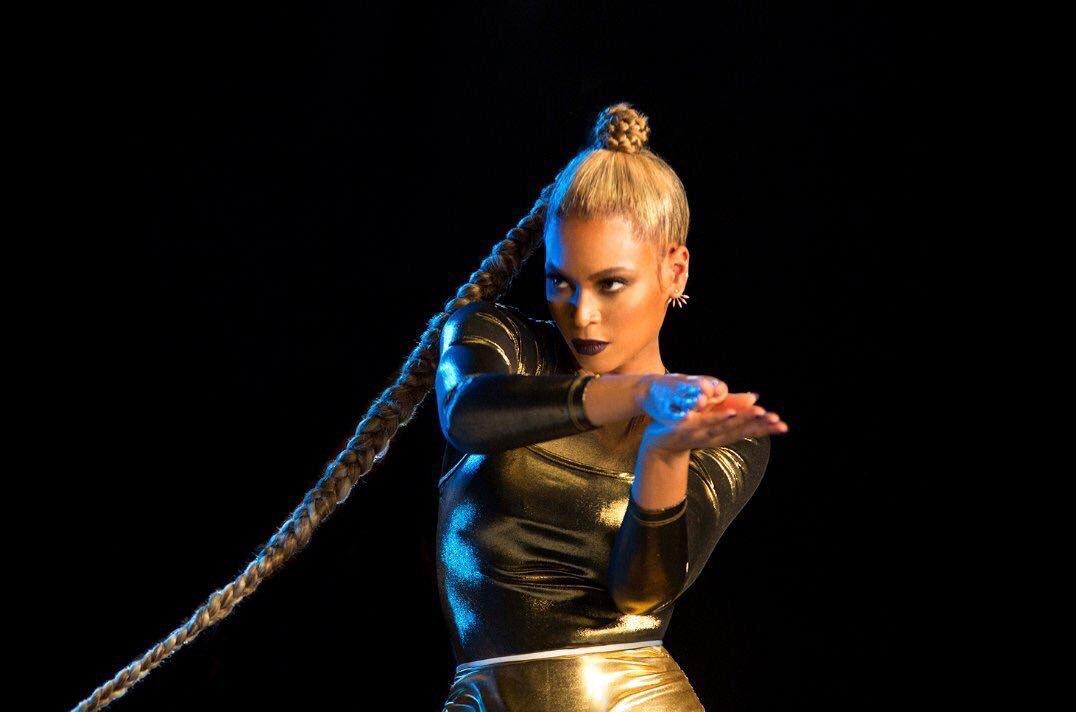 Beyoncé looking like she belongs on Dragon Ball Z & I AM LIVING https://t.co/PqK64butfi
