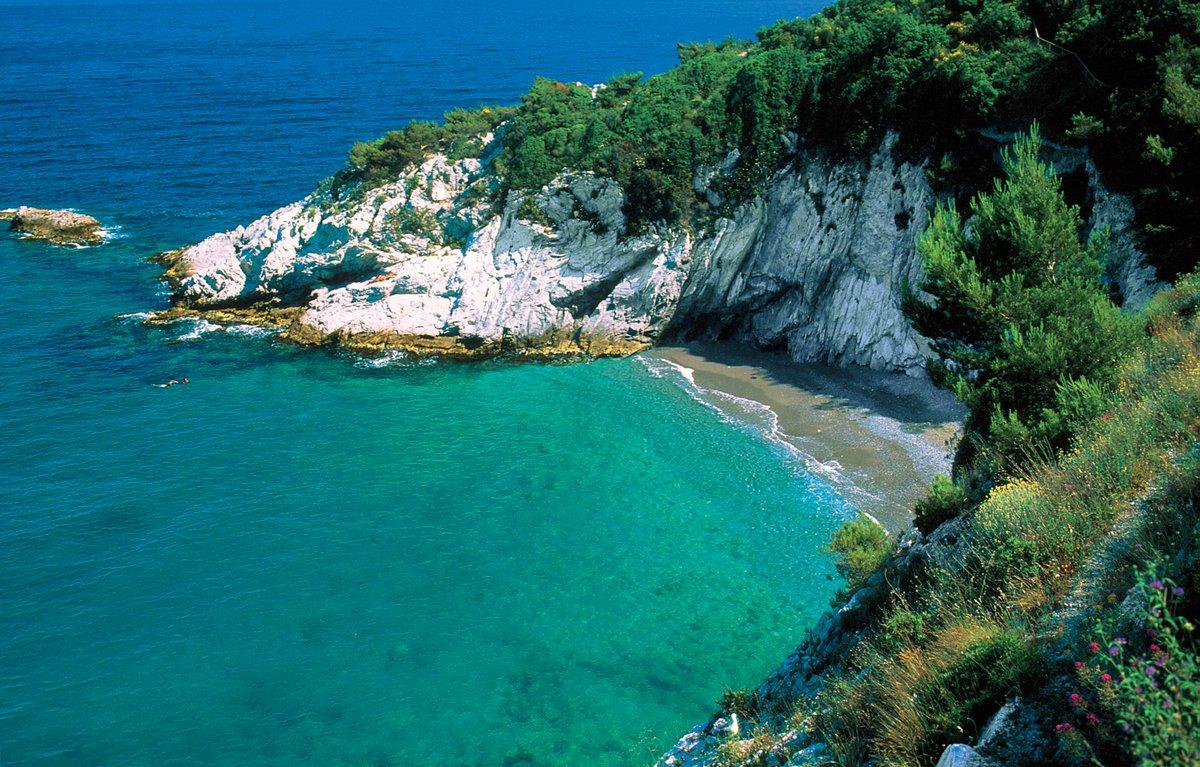 Matrimonio Spiaggia Bergeggi : Italiastraordinaria on twitter quot baia delle sirene a