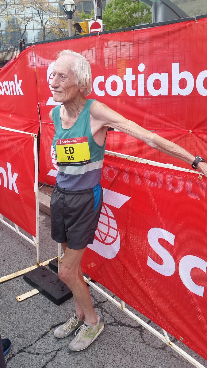 Just chillin. Sub 4hrs at 85 years old? NBD. #agelesswonder #STWM https://t.co/w6BEcwQS77