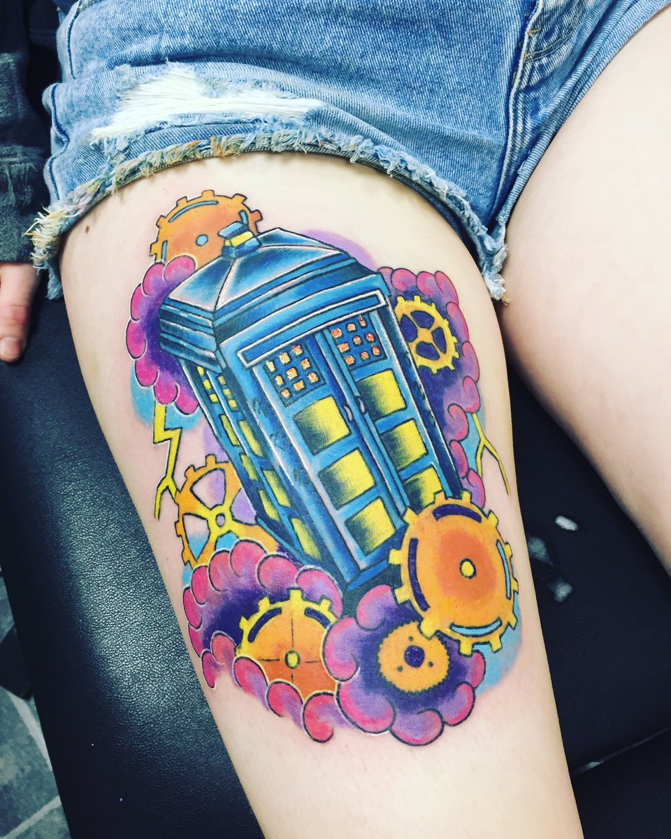 #Steampunk Awesome of the Day: Colorful #DoctorWho #Tardis Upper Thigh #Tattoo via @mrsdoctorsong #SamaTattoo