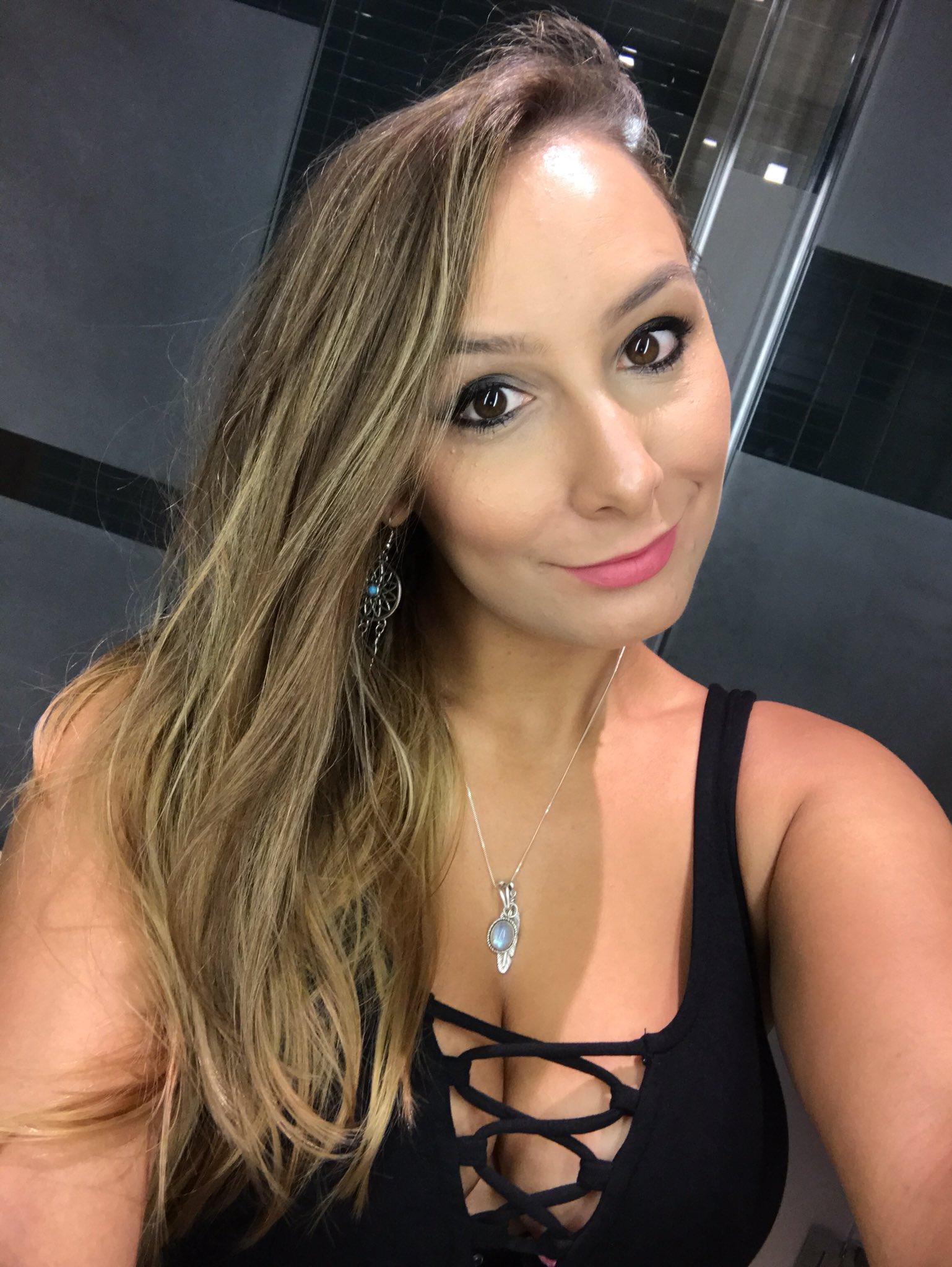 TW Pornstars - Mariah Leonne. Twitter. Bye bye Miami 😭💖. 8