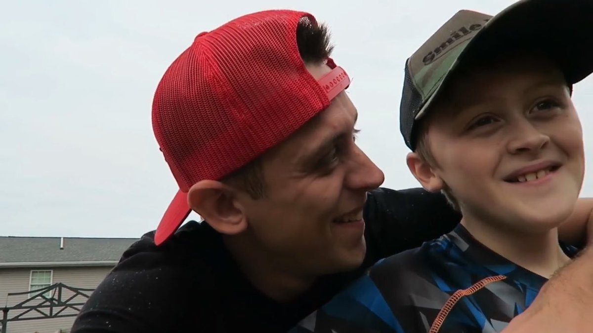 Roman Atwood with son Noah Vaughn Atwood​