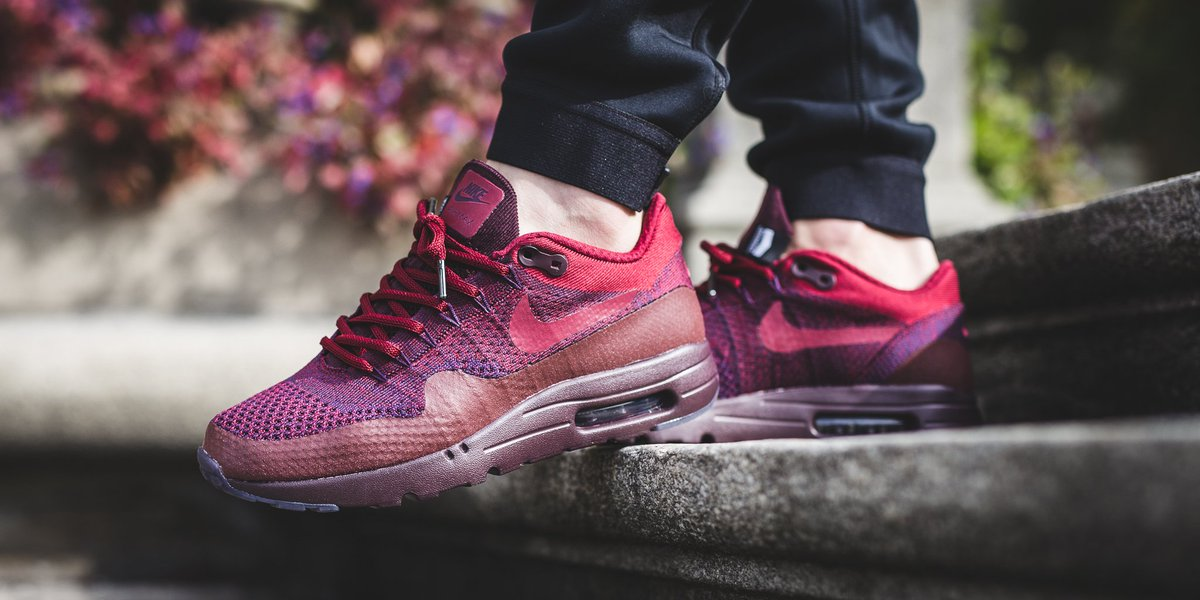 nike air max 1 flyknit burgundy