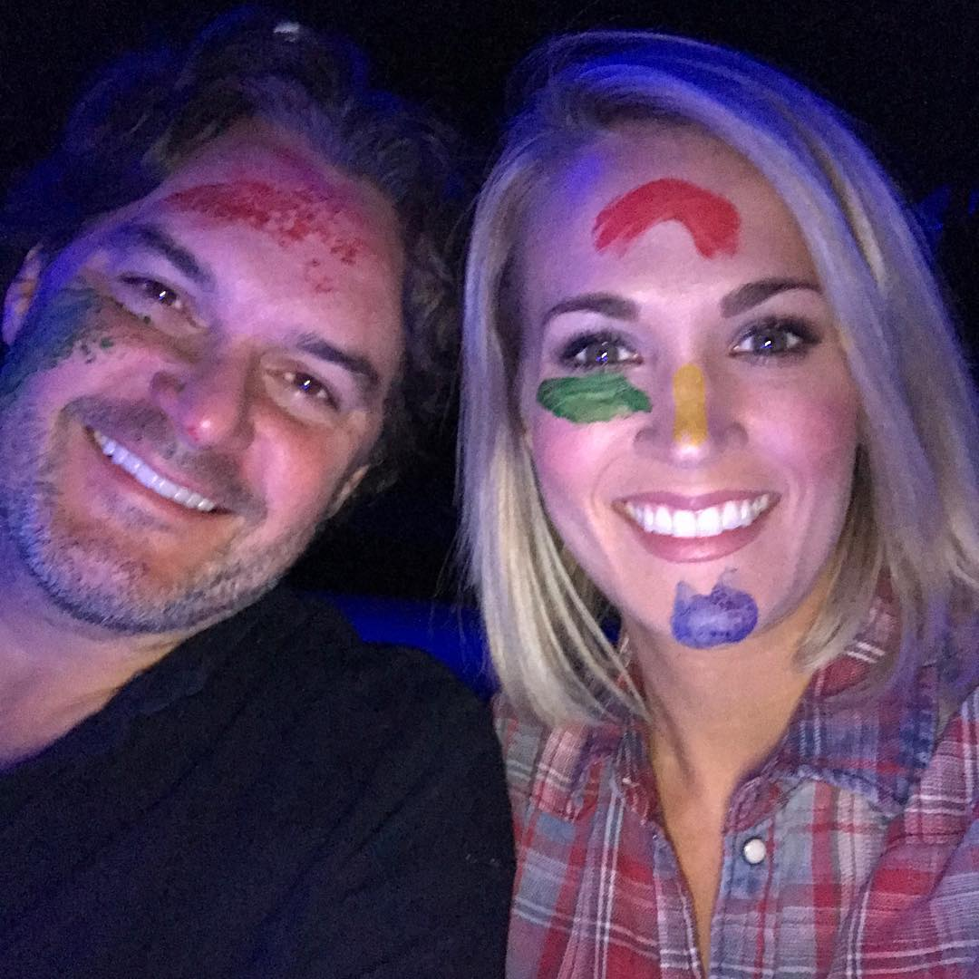 Carrie's Twitter & Instagram