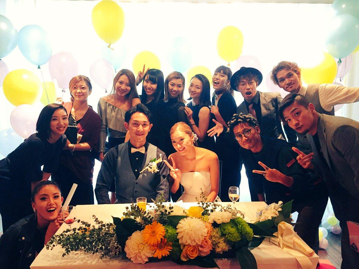 ASAMIさんの結婚式。 沢山の方々の愛に包まれた素敵な時間でした。 いつまでも2人は愛し支え合って進んでいく。  心から  ご結婚おめでとうございます