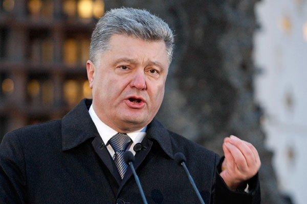 Порошенко: 190 бойцов Нацгвардии погибли, защищая Украинское государство