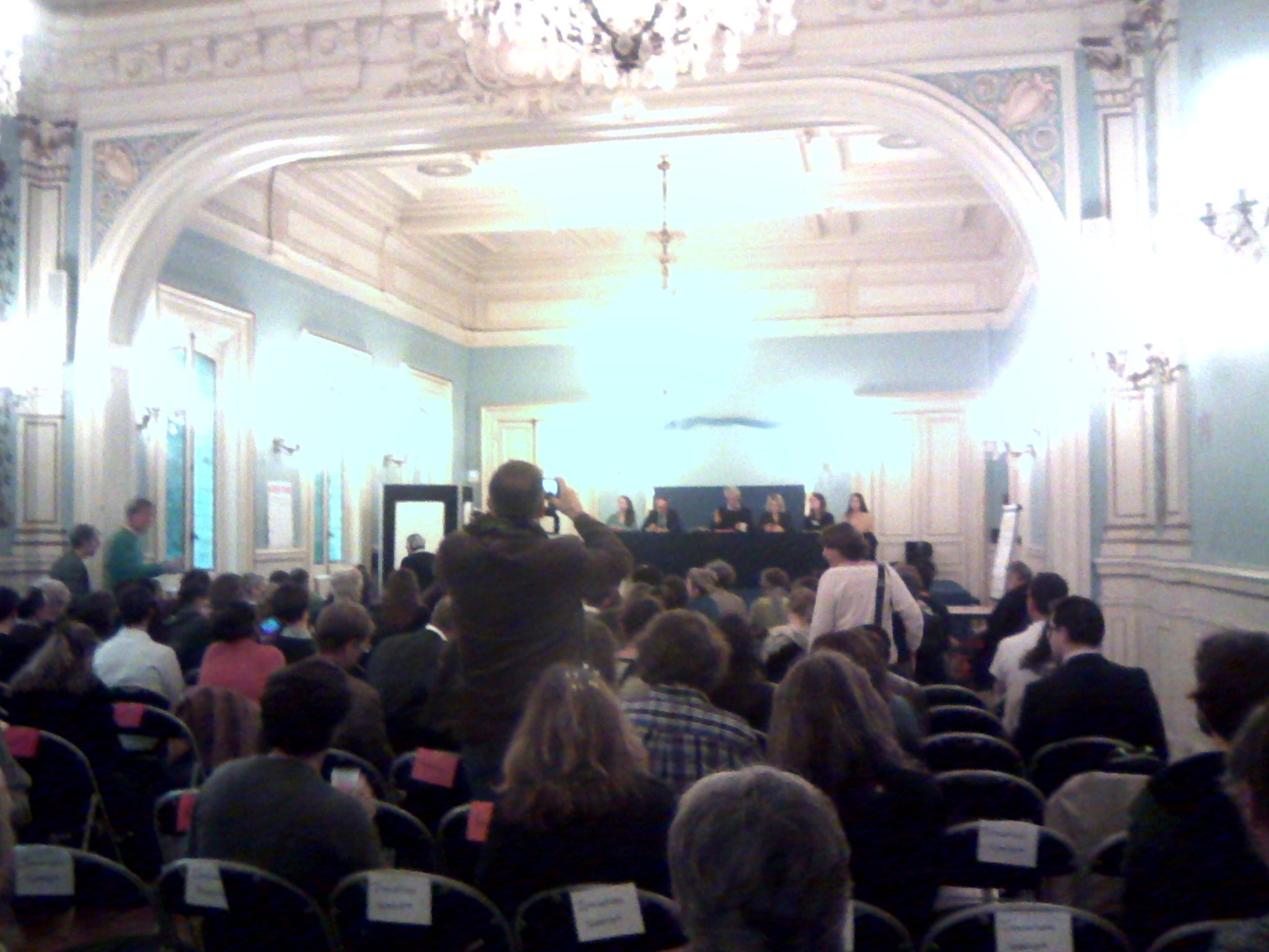 Ouverture des 4e assises de #eedd #mobilisons-nous https://t.co/91gUZSJvLg