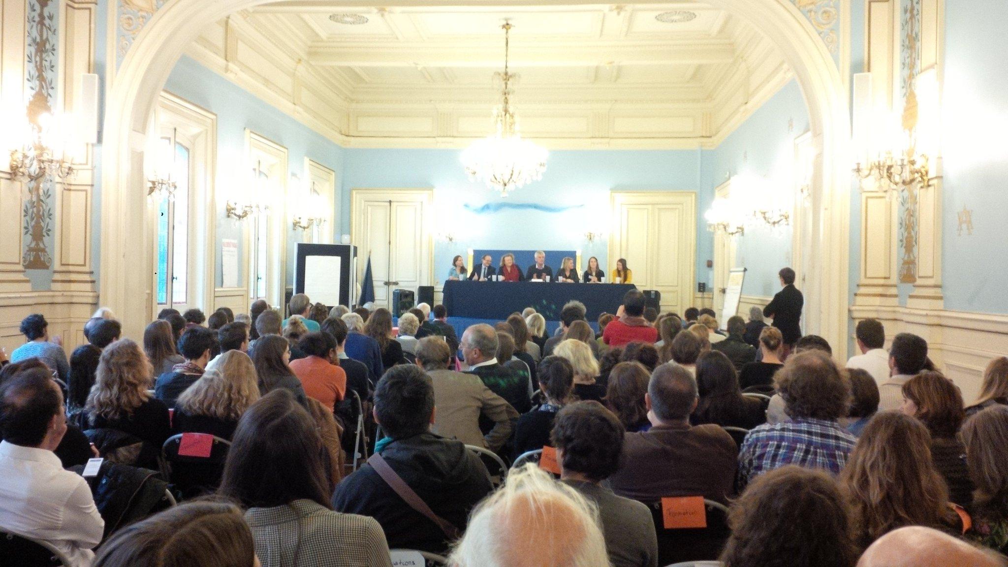 Lancement 4èmes assises #EEDD en cie de @barbarapompili @RolandGerard @graine_idf @rachel_louiset  etc. etc. https://t.co/WAsj2HuEQz
