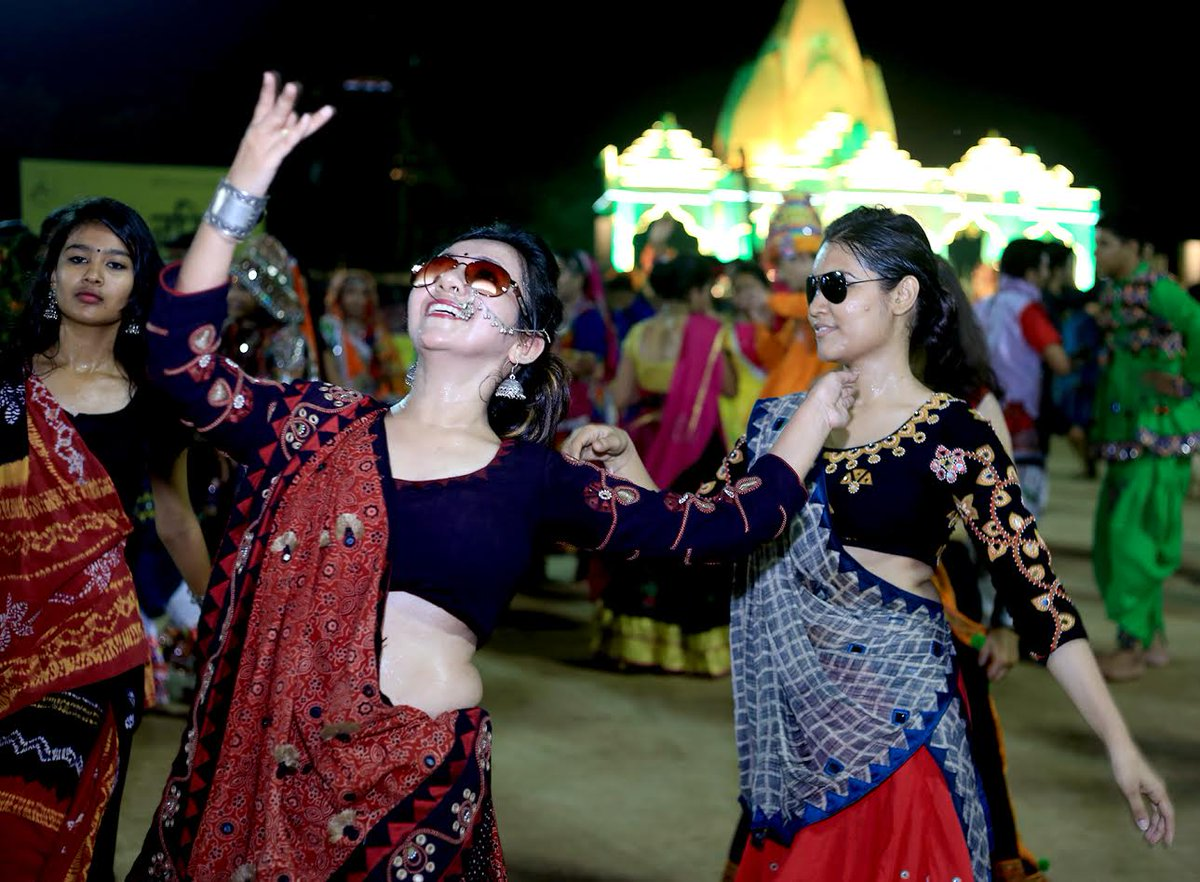 Navratri Garba events live videos from across Gujarat