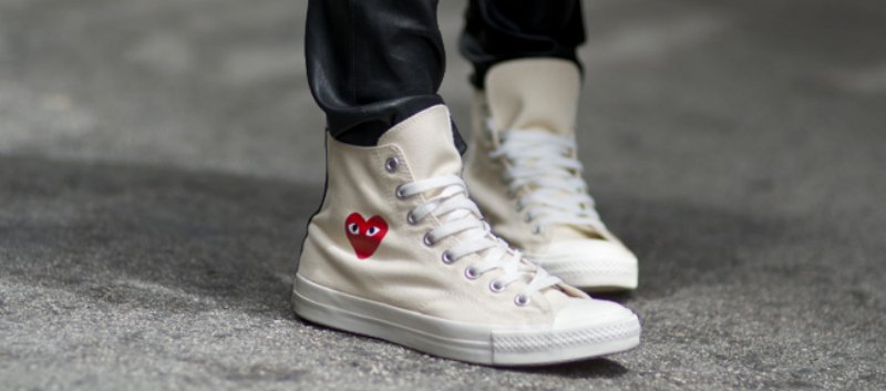 The Comme Des Garcons Play x Converse Chuck Hi is available at  influenceu  with free shipping in both black   white. http   bit.ly 2dYpE7C pic.twitter.com   ... 174721fdc
