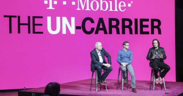 .@TMobile tops @verizon in network performance, boosted by #LTE, #3G speeds https://t.co/OezSA7rB1T https://t.co/G7ocjclhft