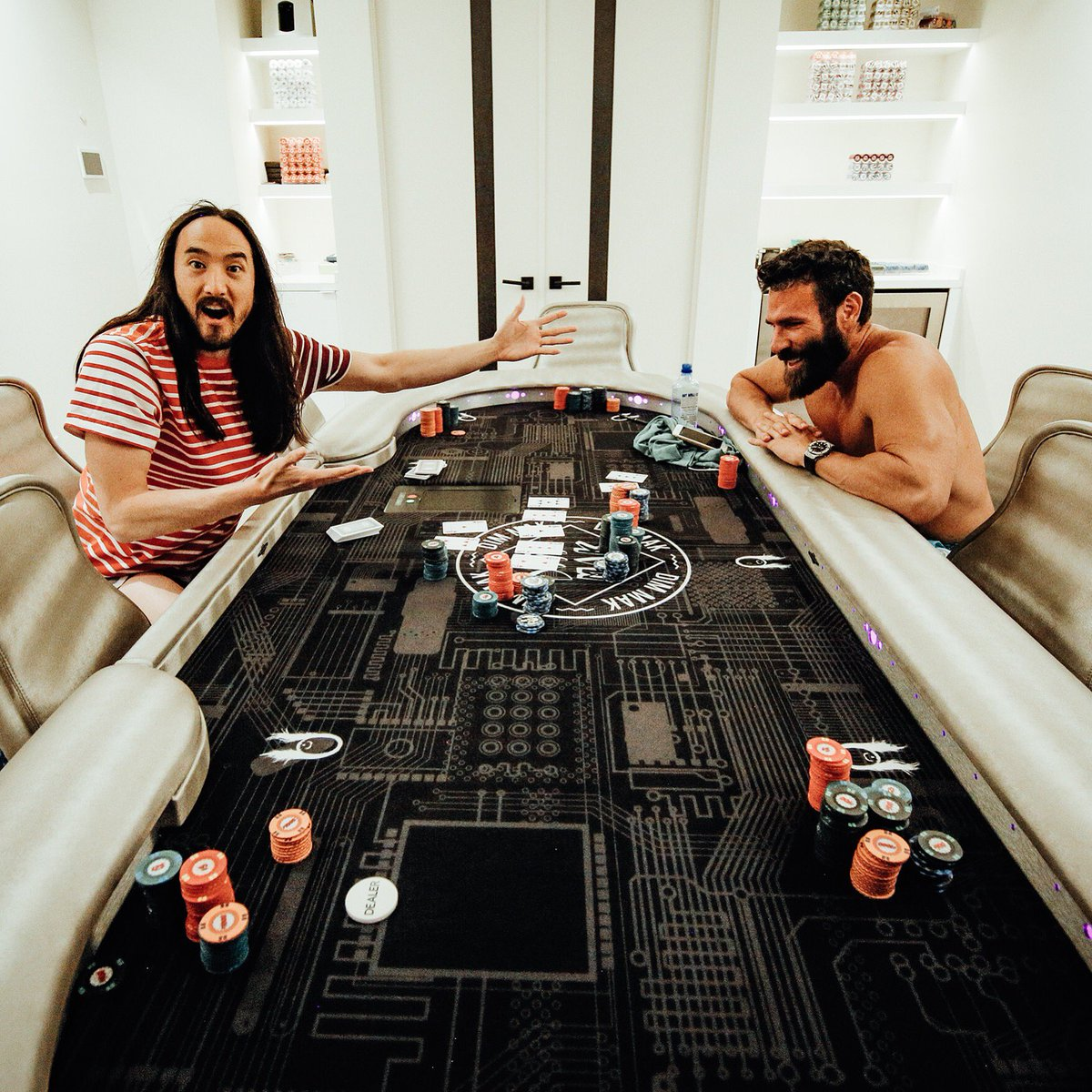 ♠️♣️♥️♦️ let's see if I can outbluff @danbilzerian on home turf #aokisplayhouse