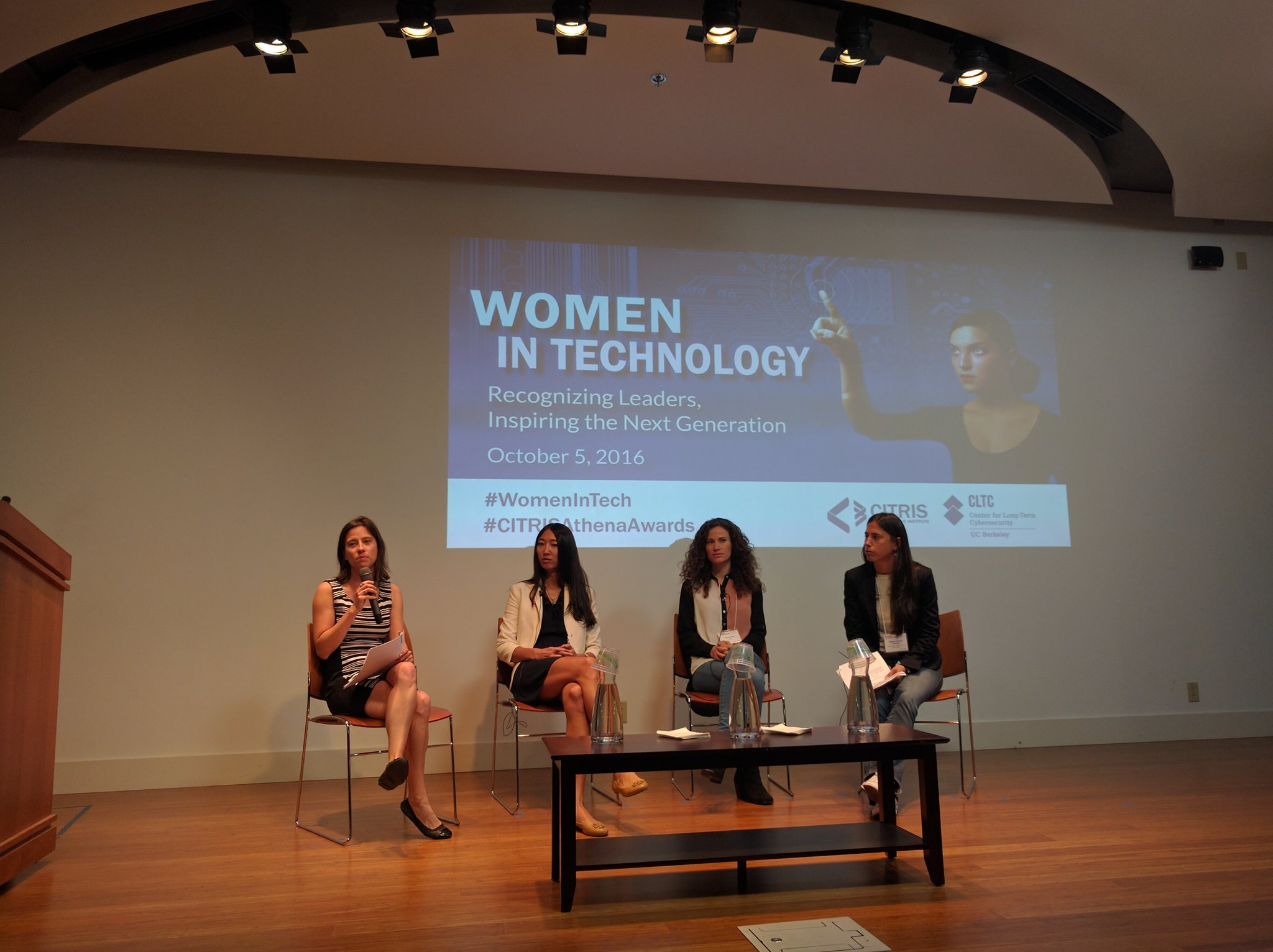 @JessicaMah, @RRRAH, & Soledad Toledano discuss why they love their jobs & what it's like to be #women within their fields. https://t.co/qdvPiX2Ols