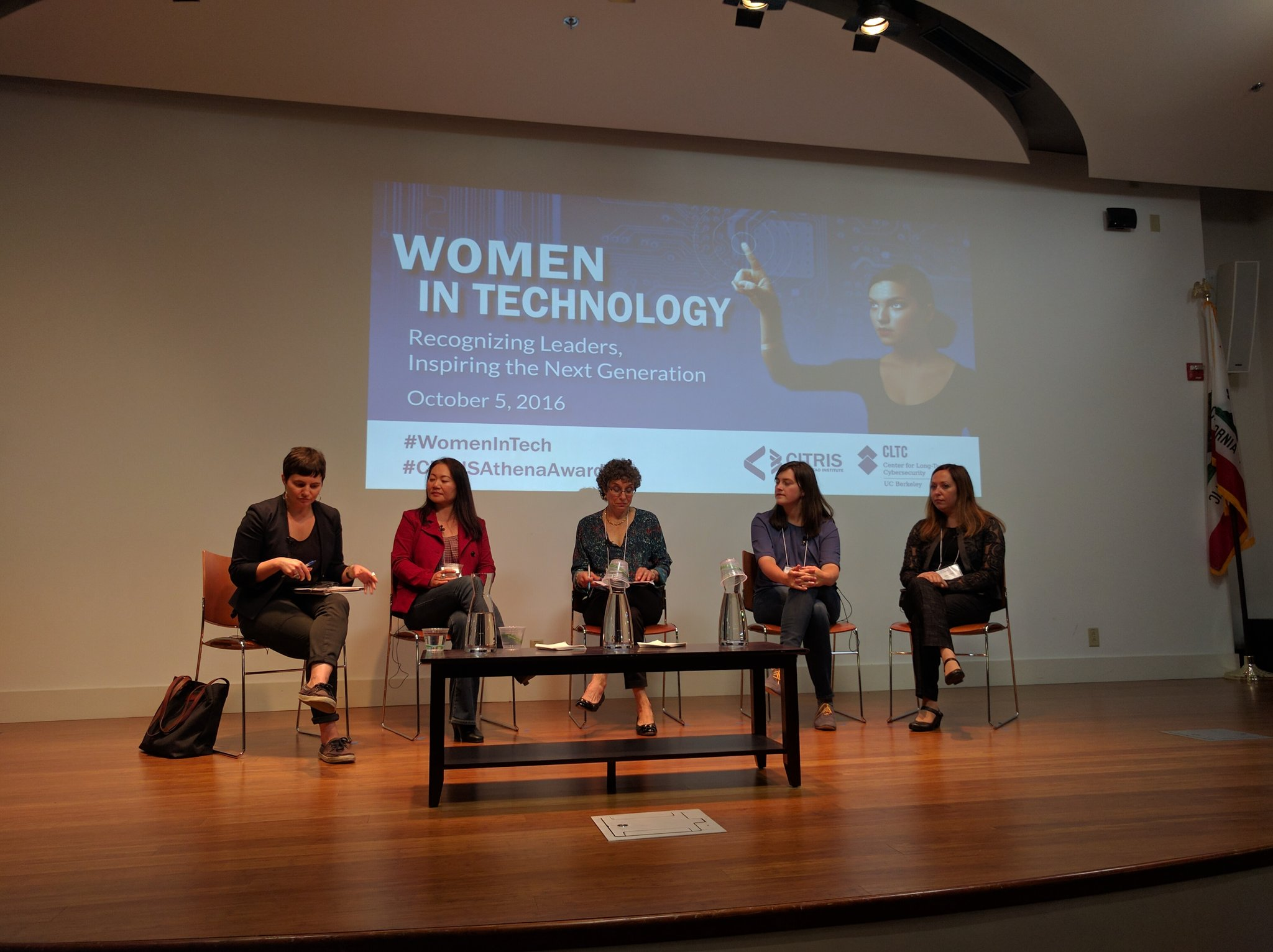 """We need all the different kinds of voices we can get."" @wogrammer on #womenintech https://t.co/O0eQQSNC0a"